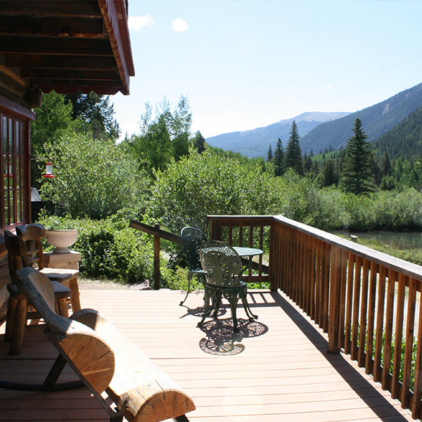 Lodge_Deck_6641